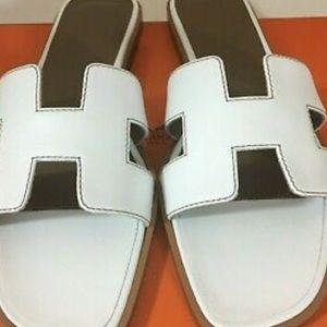 9acea08ec9c9 Hermes. Hermès White Oran Sandals SZ 37 1/2